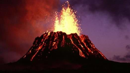 How does a volcano work? The science of volcanic eruptions